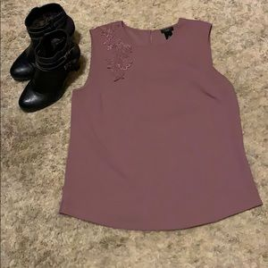 Tops - Ann Taylor size LP Sleeveless Blouse
